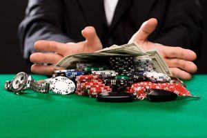 Die Grundlagen von Texas Hold'em Poker Spielgeschichte und Taktik